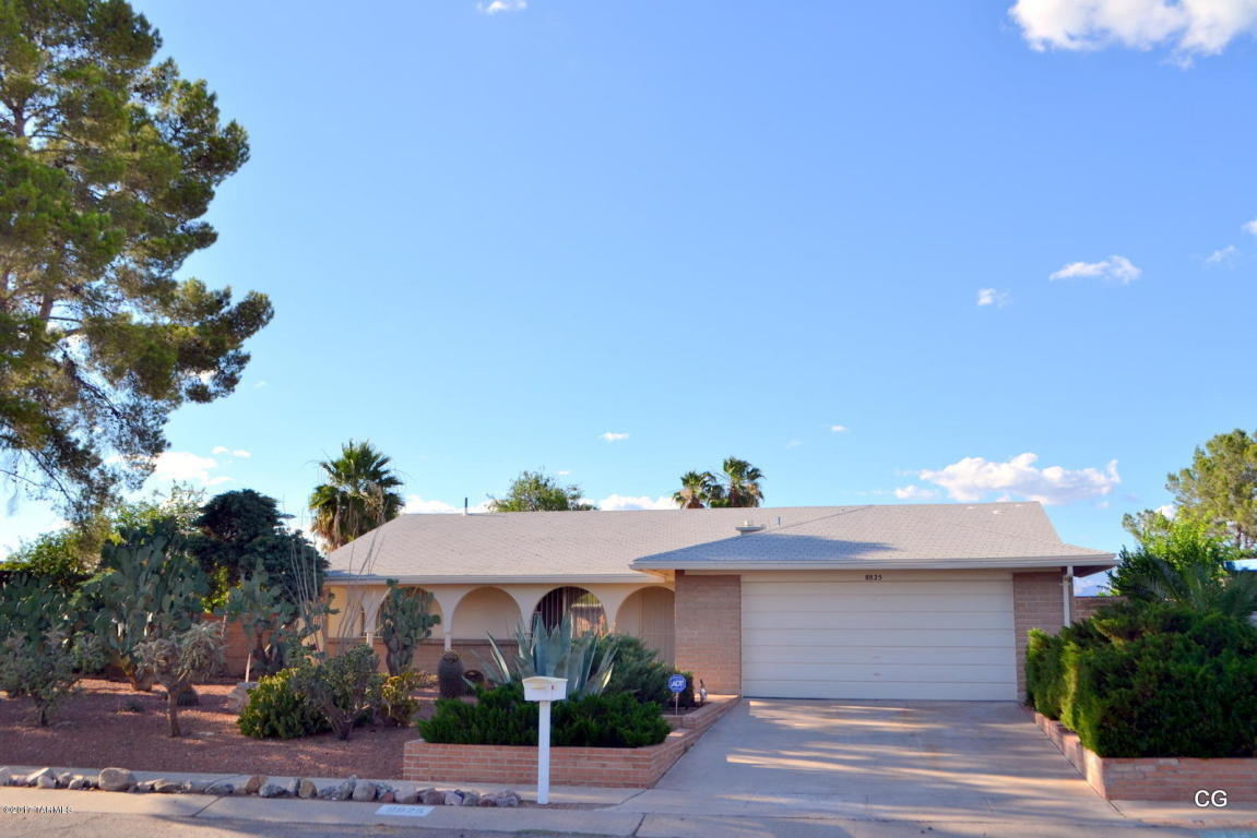 8825 E Pine Valley Dr, Tucson, AZ 85710   MLS# 21712802 ...