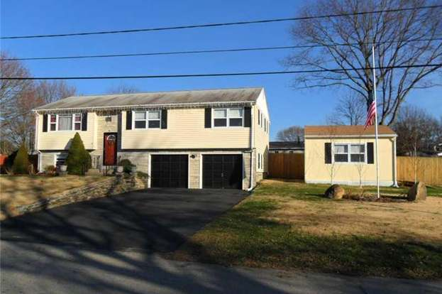 15 Longfellow Dr Coventry Ri 02816 Mls 1030662 Redfin