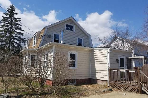 124 smith st east providence ri 02915 mls 1179693 redfin