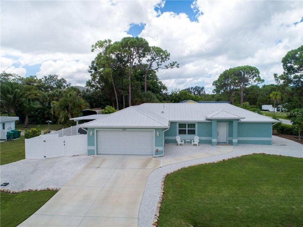 2041 Oyster Creek Dr, ENGLEWOOD, FL 34224 | MLS# D6108300 ...