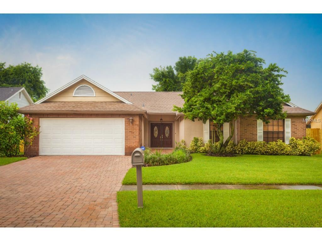 4807 Foxshire Cir, TAMPA, FL 33624 - 4 beds/2 5 baths