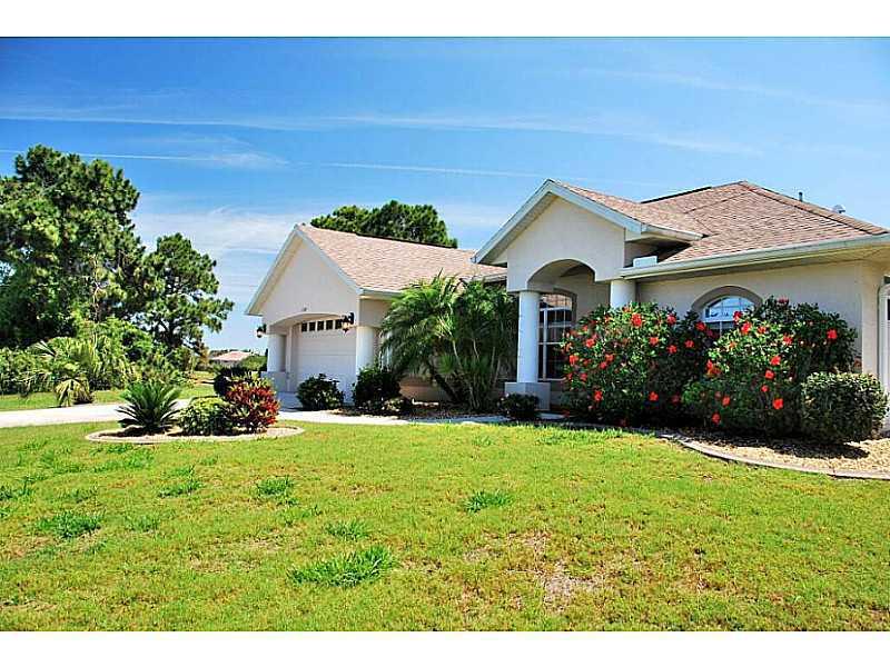 254 W Pine Valley Ln, ROTONDA WEST, FL 33947   MLS ...