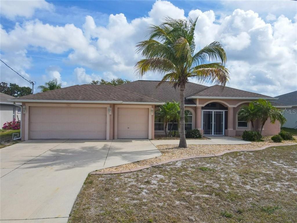 101 Pine Valley Ln, ROTONDA WEST, FL 33947 | MLS# D6117559 ...