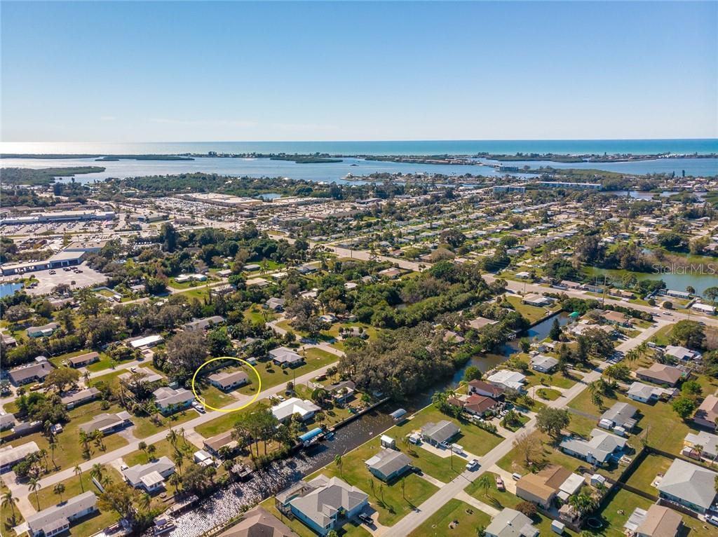 829 E 4th St, ENGLEWOOD, FL 34223   MLS# D6115727   Redfin