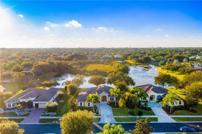 887 Clear Lake Dr, ENGLEWOOD, FL 34223 | MLS# D6115200 ...