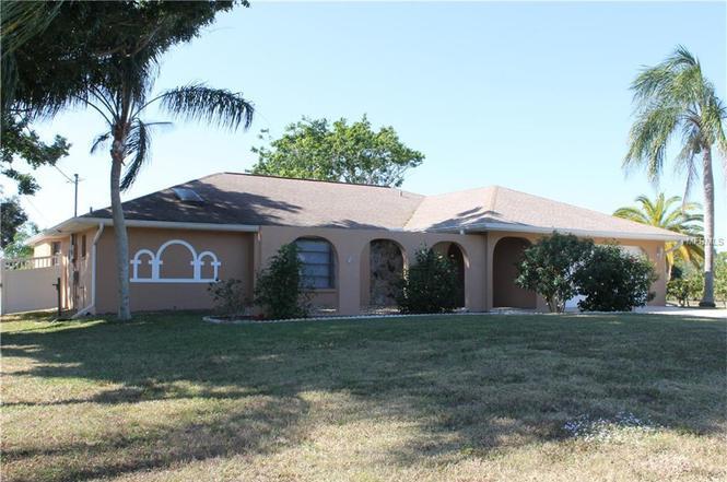 2360 Alamander Ave, ENGLEWOOD, FL 34223   MLS# D5915286 ...