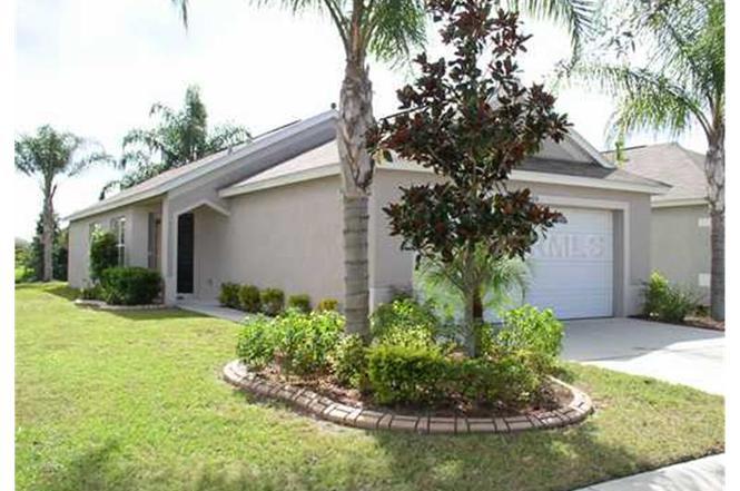 7434 Oxford Garden Cir, APOLLO BEACH, FL 33572 | MLS# T2509307 | Redfin