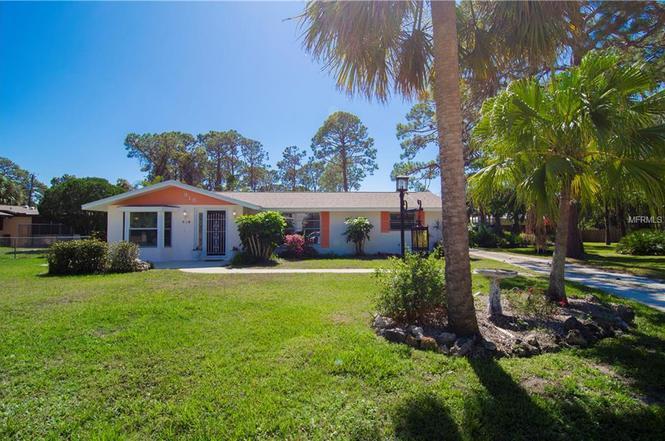 915 Allen Ave, ENGLEWOOD, FL 34223   MLS# D5923399   Redfin