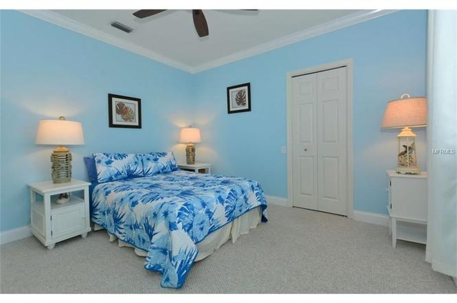 9803 Sweetwater Ave, BRADENTON, FL 34202   MLS# A4187432 ...