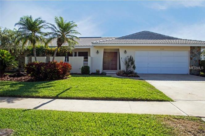 mobile homes clearwater fl with 47916071 on 98143018 in addition 47916071 further Modern Mobile Home Update likewise 6109 furthermore 74301264.