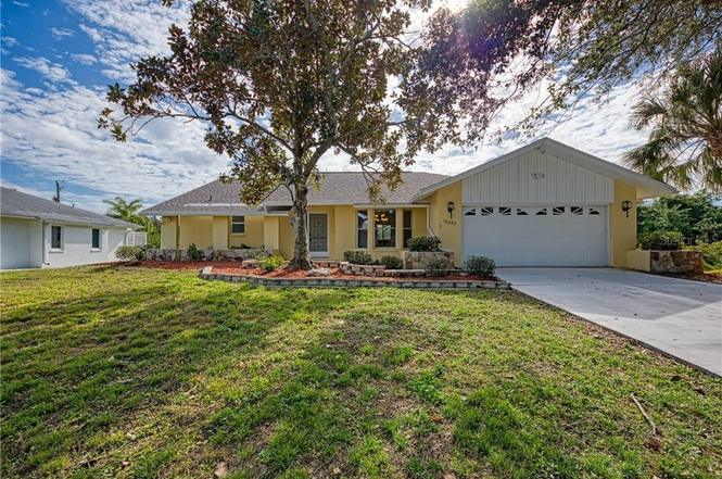 10253 Winstead Ave, ENGLEWOOD, FL 34224 | MLS# D6115637 ...