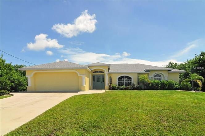 21 Pine Valley Pl, ROTONDA WEST, FL 33947   MLS# D6100724 ...