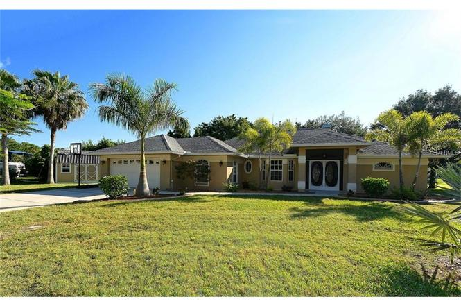 2720 Alamander Ave, ENGLEWOOD, FL 34223   MLS# A4153974 ...