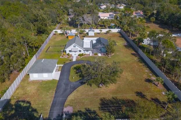 1660 Sweetland St, NOKOMIS, FL 34275