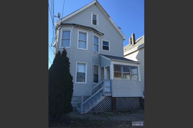 Attic Apartment For Rent In Paterson Nj