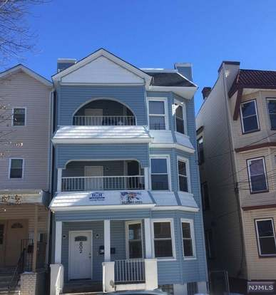 802 S 14th St, Newark, NJ 07108 - 9 beds/6 baths