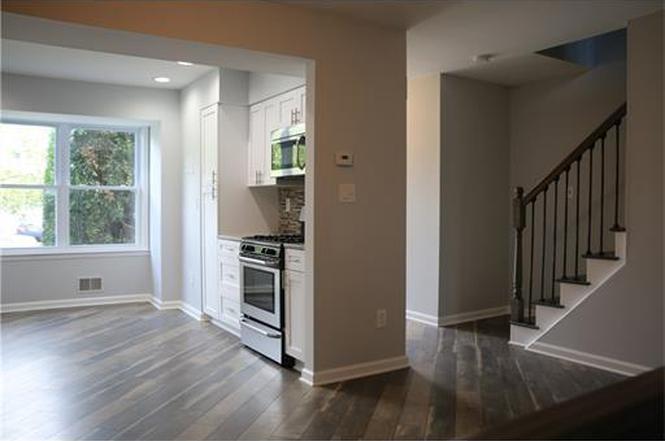 12 deerfield ln jamesburg nj 08831 mls 1720548 redfin for Kitchen design 08831
