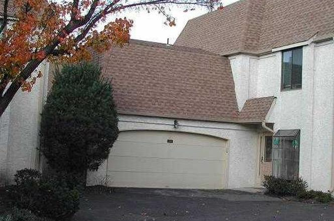 59 Park Gate Dr, Edison, NJ 08820