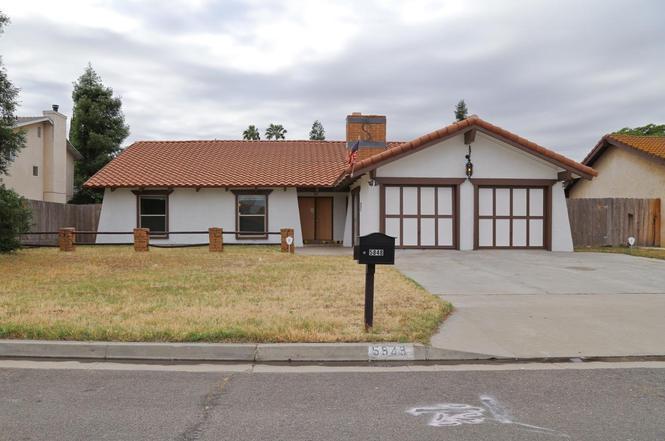 5848 E Kings Canyon Rd, Fresno, CA 93727