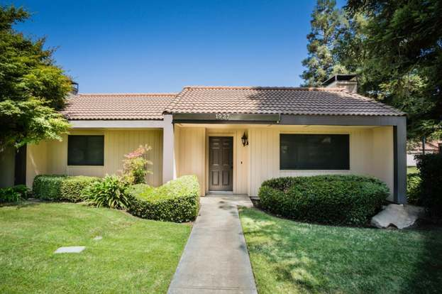 1927 W Santa Ana Ave, Fresno, CA 93705 - 2 beds/2 baths