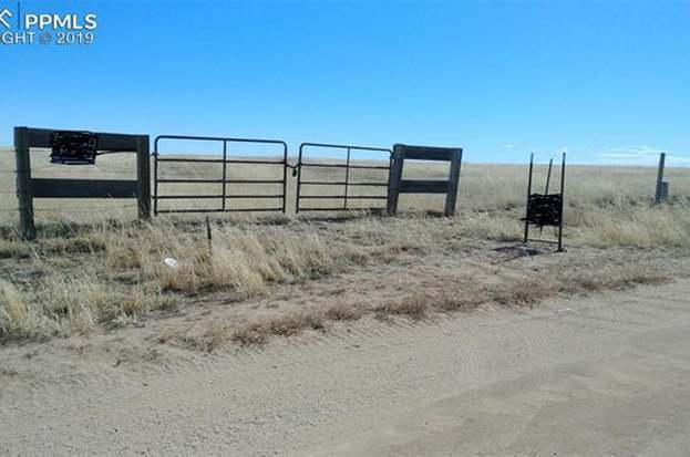 12795 S Lauppe Rd, Yoder, CO 80864