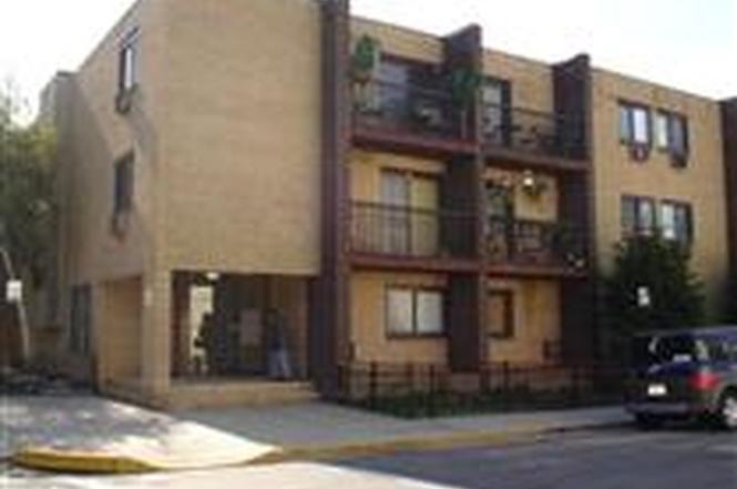 7117 PARK Ave Unit 2B North Bergen NJ 07047