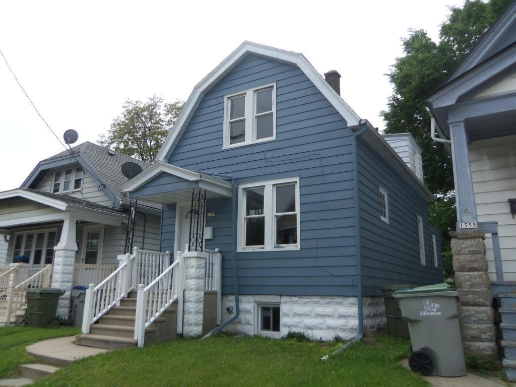 1559 S 15th Pl, Milwaukee, WI 53204 | MLS# 1589921 | Redfin