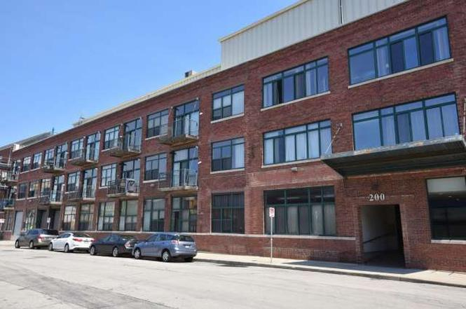 200 S Water St #301, Milwaukee, WI 53204 | MLS# 1495128 | Redfin