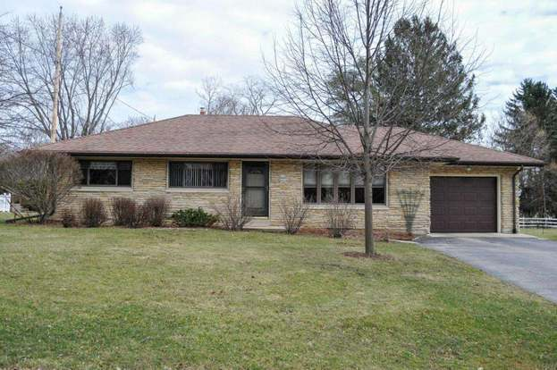 W238N6498 Elmwood Ave, Sussex, WI 53089 - 3 beds/1 bath
