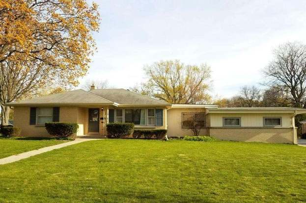 7803 w cleveland ave west allis wi 53219 mls 1525254 redfin