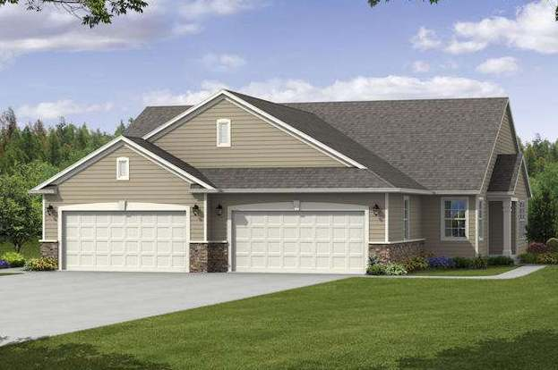 463 Woodfield Cir, Waterford, WI 53185 - 2 beds/2 baths