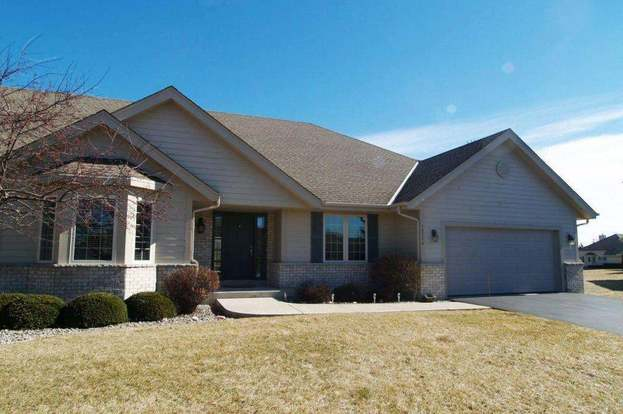 10774 N Mequon Trl, Mequon, WI 53092
