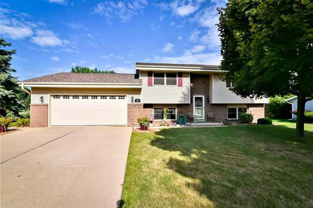 1622 N 18th Ave West Bend Wi 53090