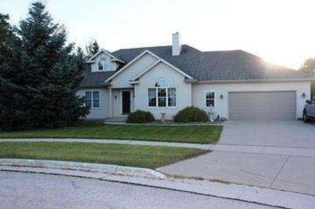 2207 Songbird Ct Plymouth Wi 53073 Mls 1388753 Redfin