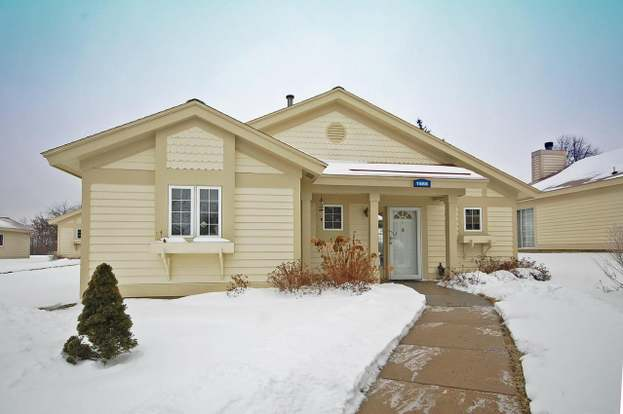 1666 Cottage Dr Unit 7 44 Lake Geneva Wi 53147 2 Beds 2 Baths
