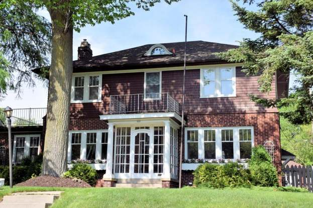 410 Lake Dr South Milwaukee Wi 53172 Mls 1588911 Redfin
