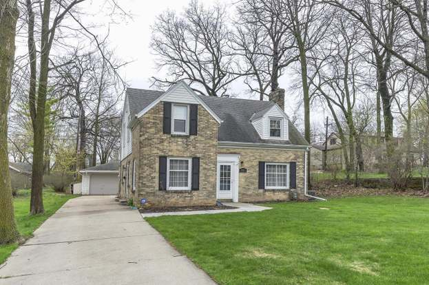 Fine 4819 W Anthony Dr Greenfield Wi 53219 3 Beds 1 5 Baths Home Interior And Landscaping Palasignezvosmurscom