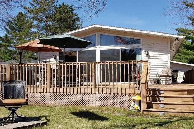 372 Hartford Ct, Nekoosa, WI 54457 - 2 beds/2 baths