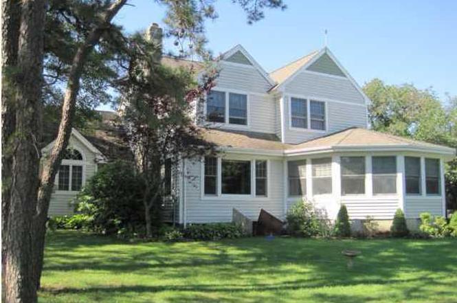 105 Avon Rd, Pine Beach, NJ 08741 | MLS# 21221088 | Redfin