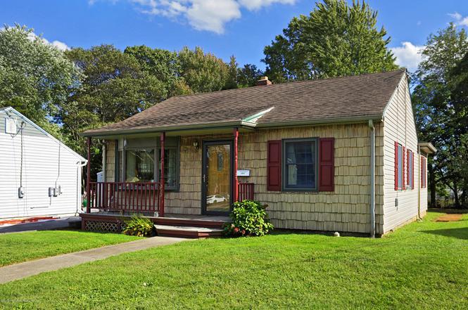 353 W Prospect Ave, Keyport, NJ 07735 | MLS# 22035603 | Redfin
