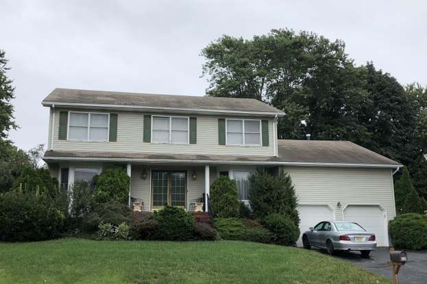 516 Woolley Dr, Neptune Township, NJ 07753 - 5 beds/2 5 baths