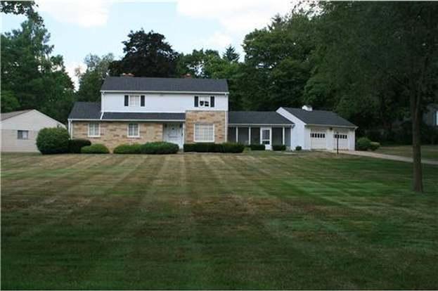 2201 Vinewood, Ann Arbor, MI 48104 - 3 beds/2 baths