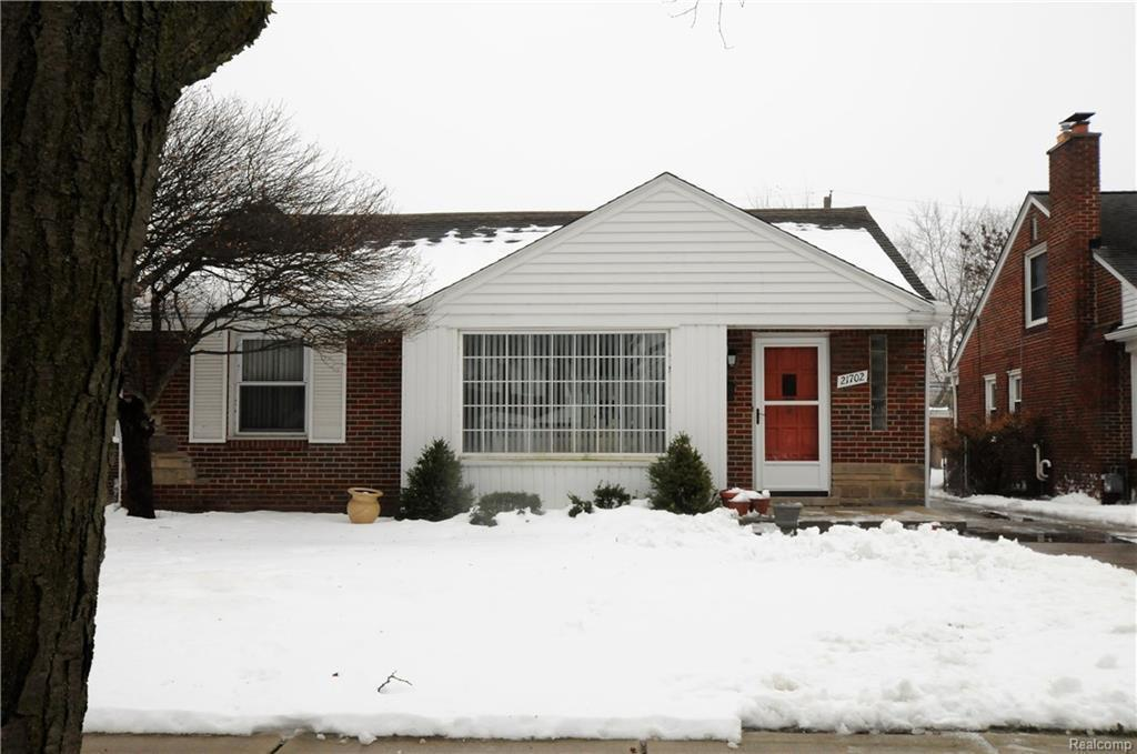 21702 Prestwick Ave, Harper Woods, MI 48225 | MLS# 218011954 | Redfin