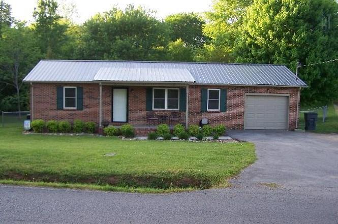 414 Wilson Ln, McMinnville, TN 37110 | MLS# 1852434 | Redfin
