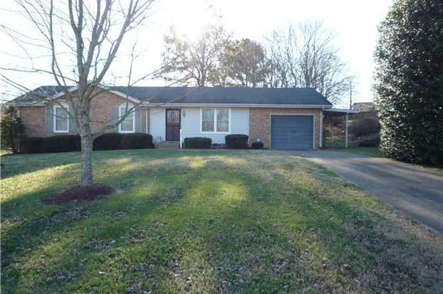 202 Bryan House Dr, Goodlettsville, TN 37072 - 3 beds/2 baths