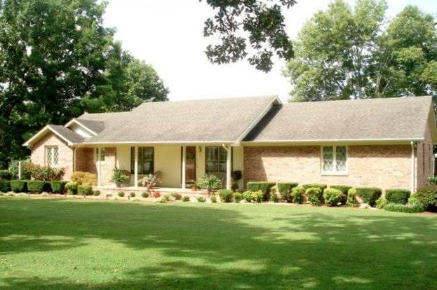 865 Spring Valley Rd, McMinnville, TN 37110 - 3 beds/3 baths