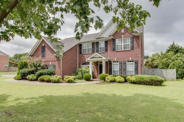 1325 autumn springs ln old hickory tn 37138 mls 1950478 redfin rh redfin com