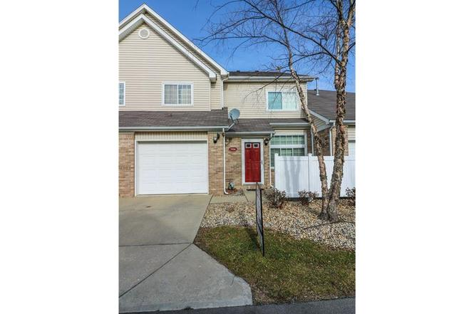 5916 Marina View Dr #87, Indianapolis, IN 46237