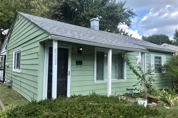 8202 Harrison Dr Lawrence In 46226 2 Beds 1 Bath