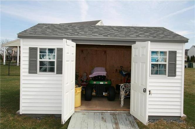 2241 leigh dr easton pa 18040 8472 steel storage shed with floor - Garden Sheds Easton Pa